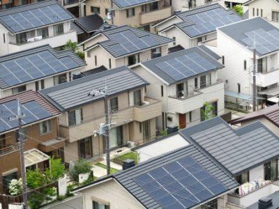 【知らないと損する!】太陽光発電の設置費用は?【2019年版】売電価格やメリットデメリットも紹介!